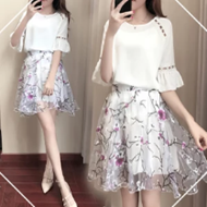 雪纺衫+A字裙套装