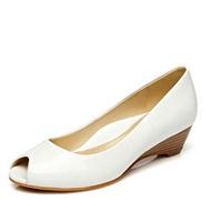 达芙妮/杜拉拉漆皮坡跟女鞋